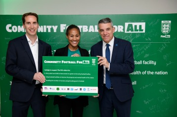 The F.A. host an evening at the Altitude Bar in Millbank Tower, to highlight their community football vision. MPs show their support for the F.A. initiative for grassroots football by signing the pledge board. Photograph © Justin Griffiths-Williams Contact numbers: 0044 2085339882 0044 7850053473